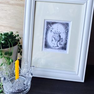 B-2『しずく姫』銅版画エッチング/ 額装サイズ約W16.5×H21.5cm/ ¥5,500(税・額込)