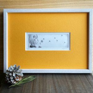 『たんぽぽの旅』銅版画エッチング/ 額装サイズ約W310×H230mm・作品サイズ約W145×H50mm/ ¥9,000(税・額込)